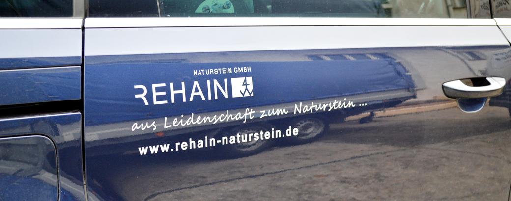 Farhzeugwerbung _01_Rehain Naturstein
